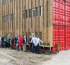 Team DOOR architecten bij Tuin van Bret